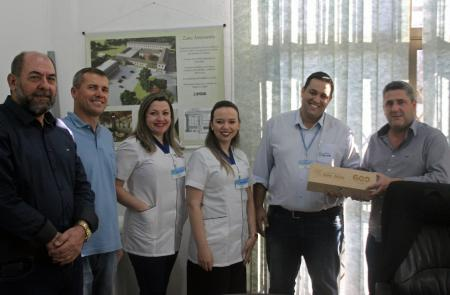 Representantes das Farmácias São João visitam prefeitura