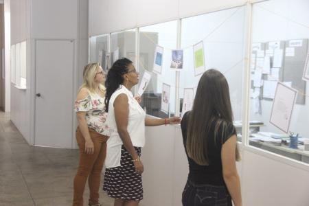 Prefeitura participa do projeto Poesia no Varal