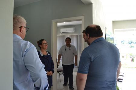 Executivos da Zanc visitam obra para detalhar o projeto de telecomunicações da empresa