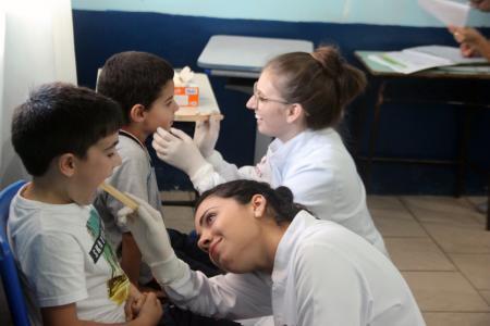 Município inicia distribuição de kits odontológicos do projeto Sorrindo Para o Futuro