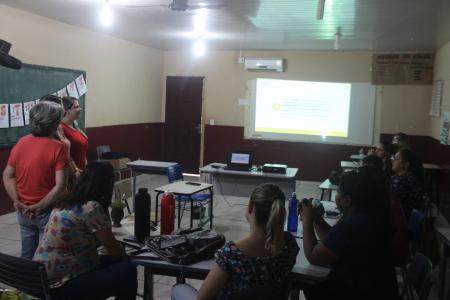 Professores do município preparam-se para implementação de Nova Base Curricular