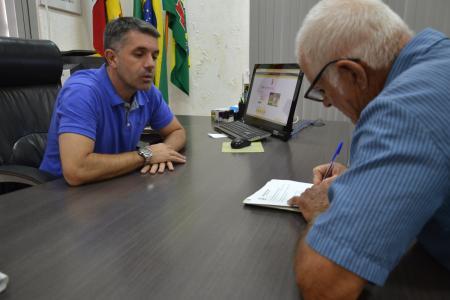 Administração assina parceria para escoamento de produção agrícola