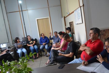 Reunião define pontos de suspensão das aulas na rede municipal