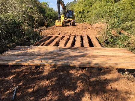 Prefeitura trabalha na recuperação de pontes