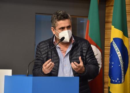 Prefeito André Brito participou da reunião do GT Corsan, na Famurs ,  em Porto Alegre